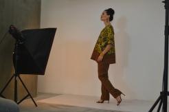 photoshoot-walking-coco